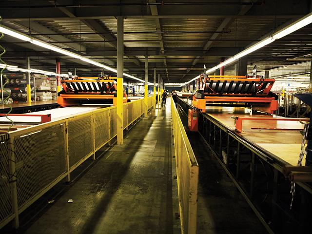 koos-manufacturing-denim-jeans-factory