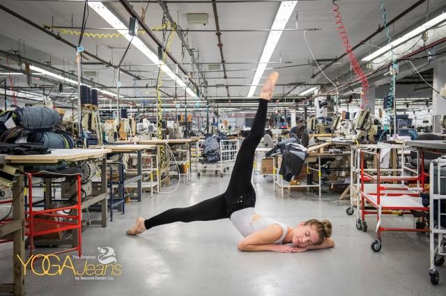 yoga-jeans-stretch-3