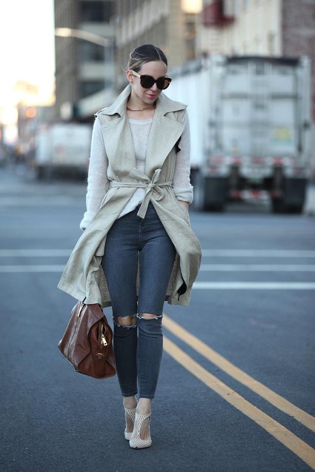 brooklyn-blonde-grey-jeans