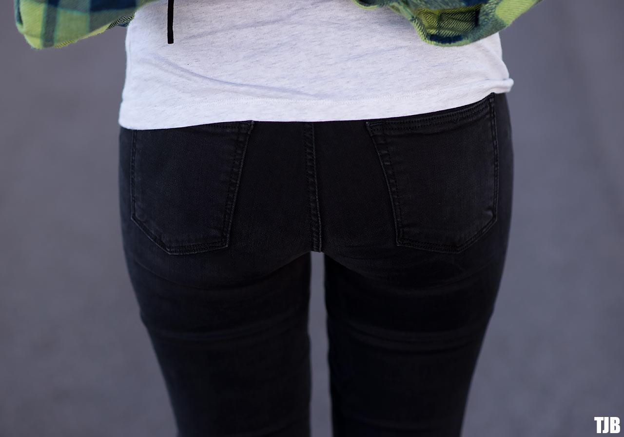 GRLFRND-Denim-Jeans-Back-Pockets