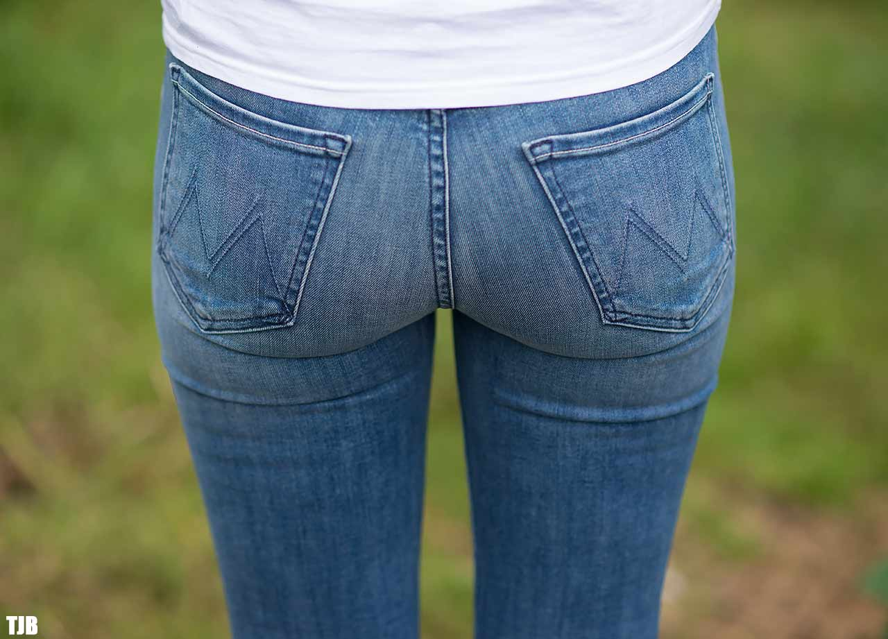 MOTHER The Stunner Zip Ankle Step Fray Jeans In Good Girls Do Review Butt Pockets