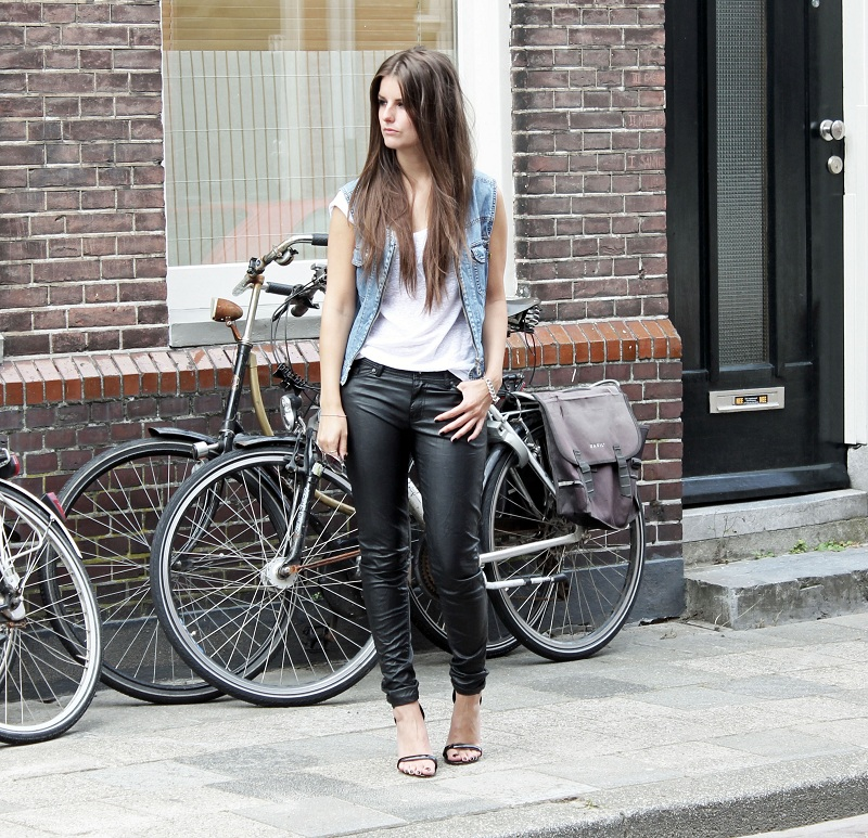 jeans_gilet_leather_pants5