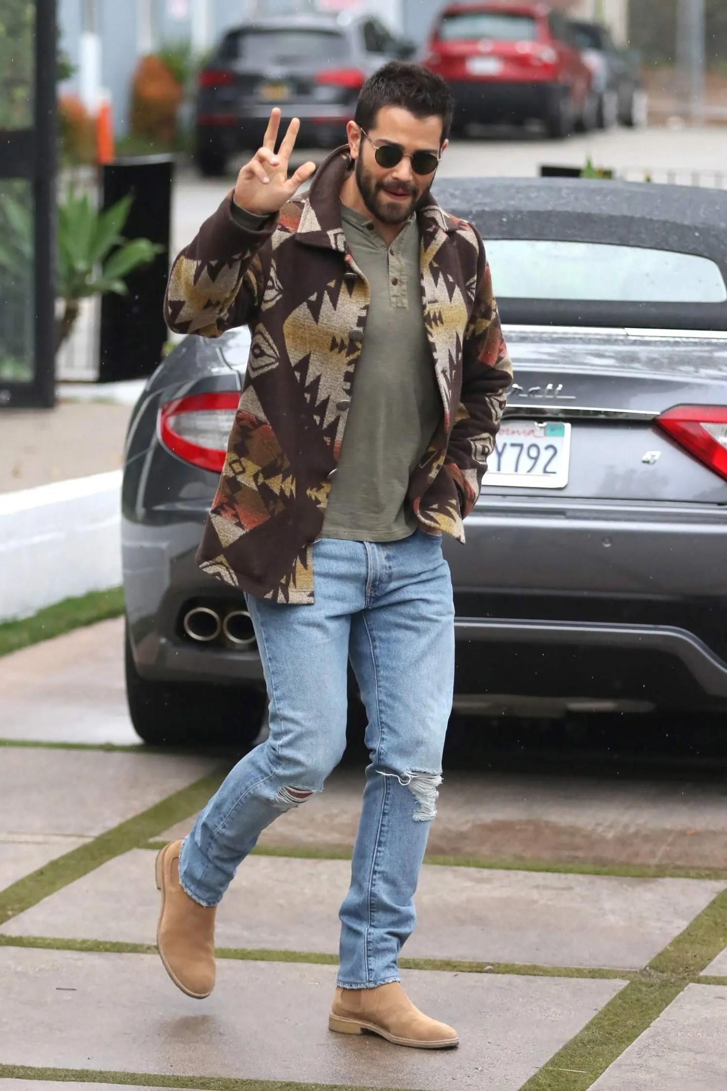 jesse-metcalfe-levis-jeans