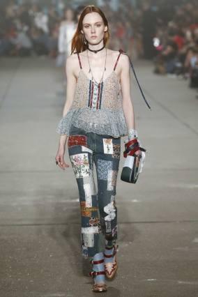 tommy-hilfiger-spring-2017-denim-runway-show