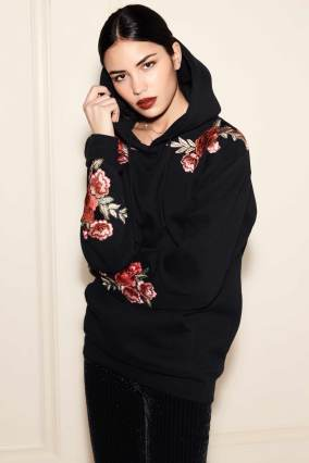 20_Darren-Sweatshirt-–-Black-with-Floral-Patches