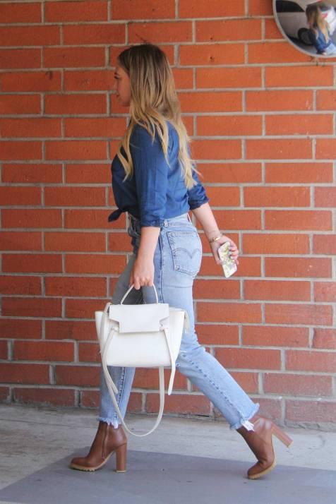 hilary-duff-levis-wedgie-jeans