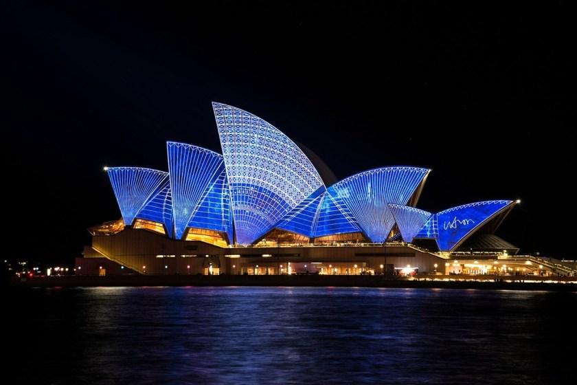 Sydney Opera House - Why visit australia - http://thejerny.com