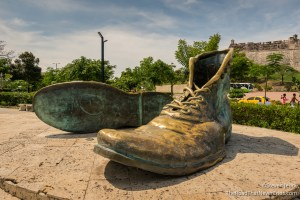 Los Zapatos Viejos