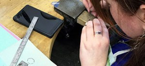 Sheffield-jewellery-classes