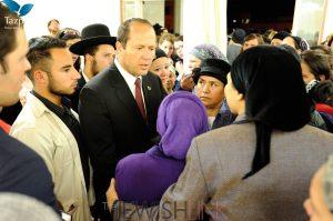 Picture Credit: Tamir Irbaum, Tazpit News Agency. Mayor Barkat offering words of comfort to Keren's mother.
