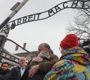 Photos: Shahar Azran Courtesy / Holocaust survivors return to visit Auschwitz to mark this year's 70 years of liberation.   Jewish Congress; Photo #3 – Mordechai Ronen (Canada) hugging Ronald Lauder.