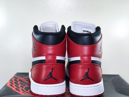 """Air Jordan Retro 1 """"Chicago"""" (2013)"""