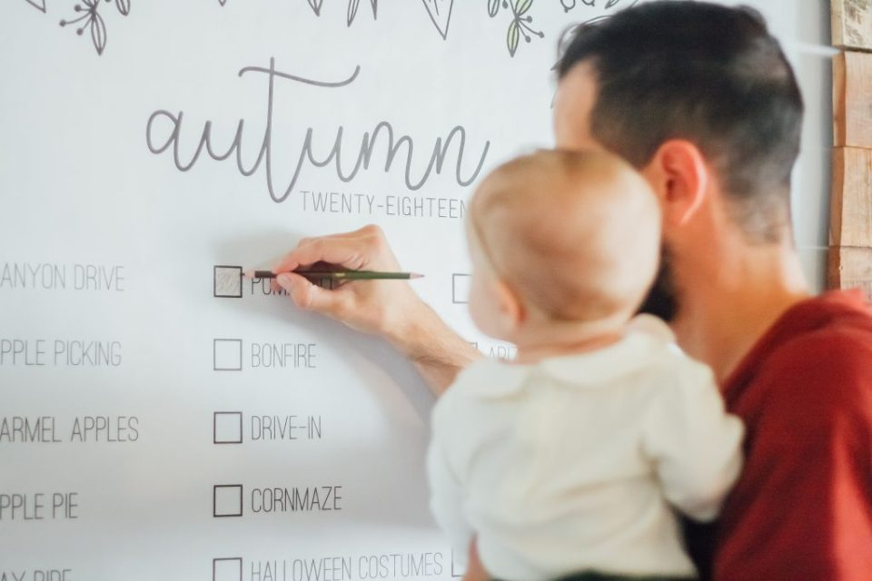 Our Family Fall Bucket List with Belle Bucket