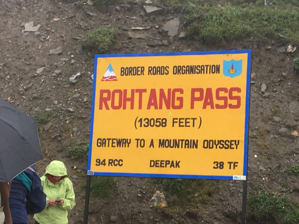 The sign at the top of Rhotang Pass