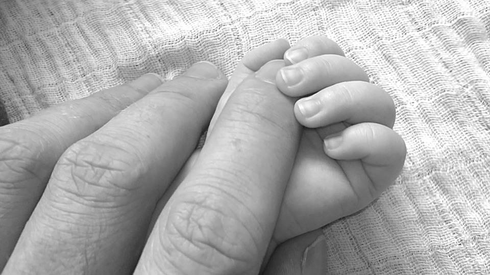 baby fingers