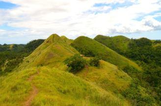 Chocolate Hills Look-Alike. Photo credit to Eleazar Cuela