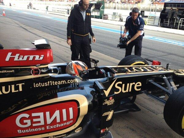 Just under 2/3 rds race distance completed ... Kimi in for a break