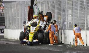 Nelson Piquet Jnr Singapore 2008 Crash© Guardian