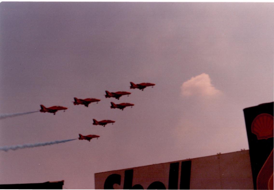 Red Arrows Fly-by © Carlo Carluccio