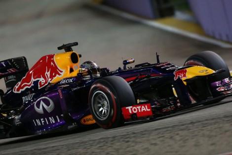 2013-Singapore-GP-Saturday-S-Vettel