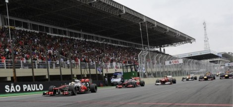 Brazil_Sao_Paulo_Grand_Prix_-_First_Corner