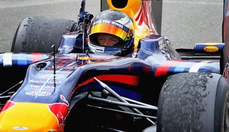 Sebastian Vettel - Finger
