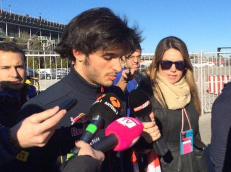 After a quick visit to the medical centre Carlos Sainz Jr returns to the Toro Rosso garage