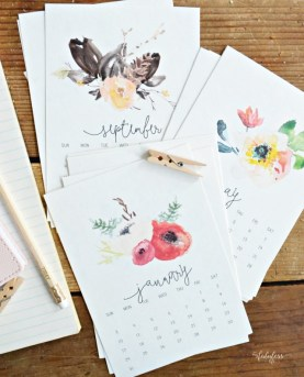 free-printable-watercolor-desk-calendar-myfabulesslife-com_