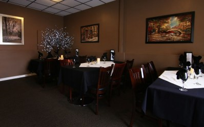 dining room, Greek restaurant in Niagara Falls, group functions, private events, Mediterranean cuisine