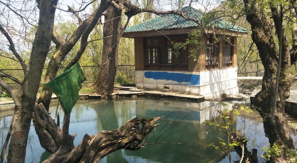 Seasonal spring of Wasaq Nag — waiting to make it to tourism map