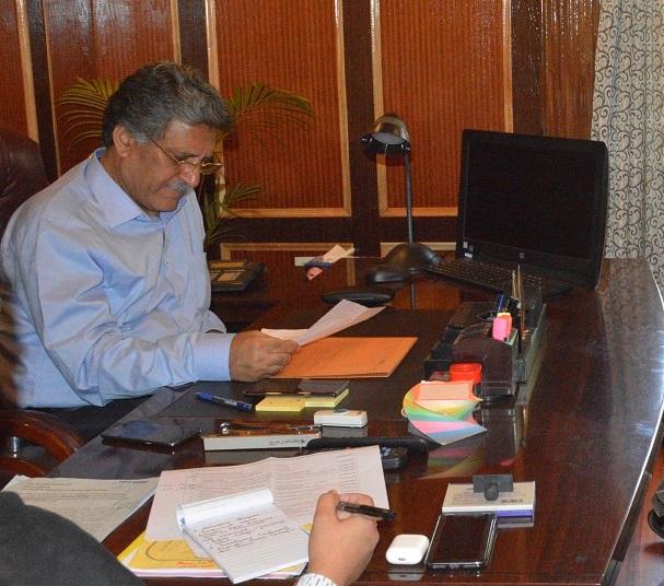 Ganai hears delegations, individuals at Grievance Camp in Srinagar