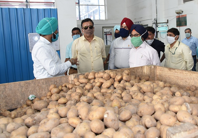 Navin calls for production of high quality food crops for better marketing