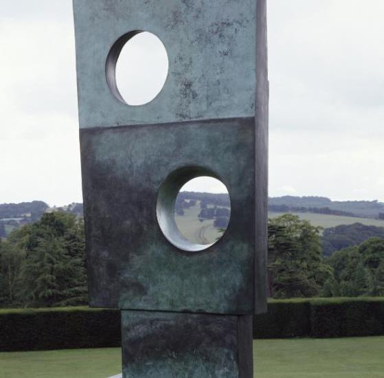 Barbara Hepworth: Artist and artwork