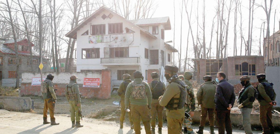 3 militants killed in Lawaypora encounter: Police
