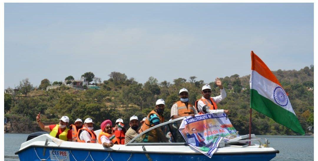 Azaadi ka Amrut Mahotsav: Tourism Deptt organises Boating at Mansar Lake
