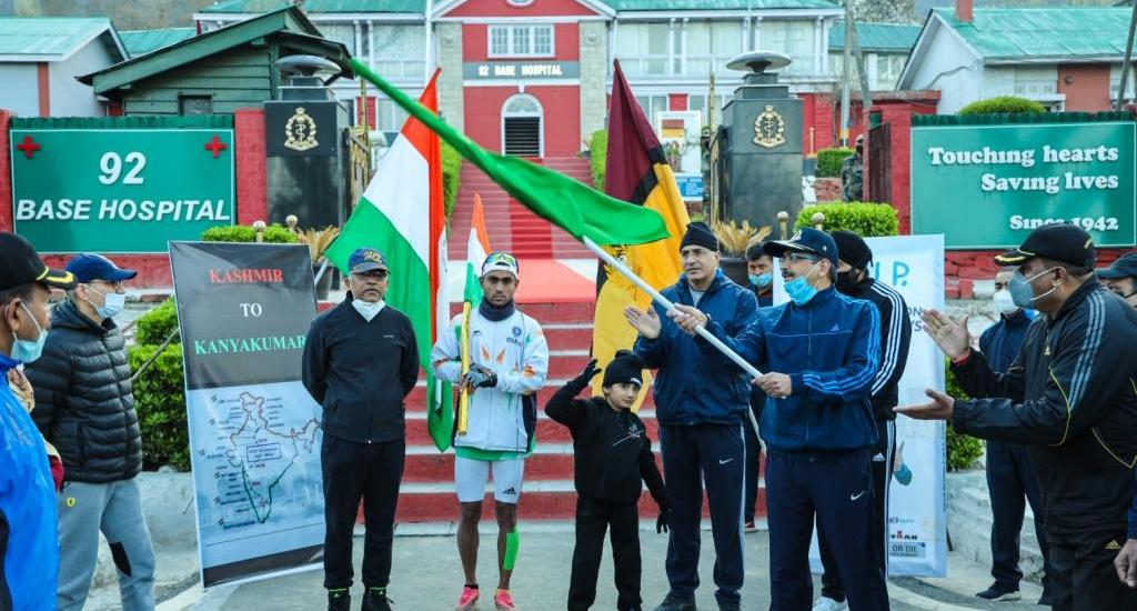 Soldier eyes Guinness record, begins 4,300-km run to be completed within 50 days