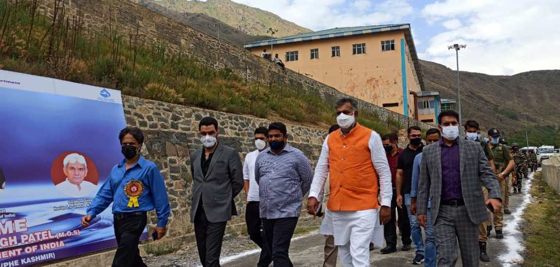 Union MoS Jal Shakti visits Tangnar Water Supply Scheme