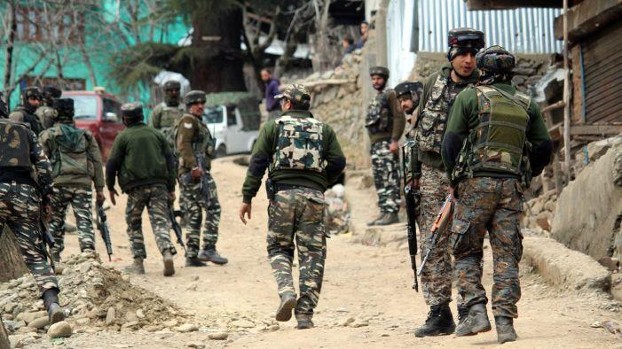 Brief gunfight as forces lay siege to Anantnag village