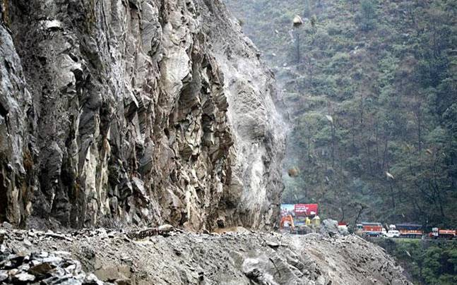 Kashmir highway remains closed for second day due to landslides