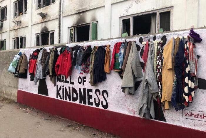 Video: 'Wall of Kindness' comes up in Kashmir to keep needy people warm during winters