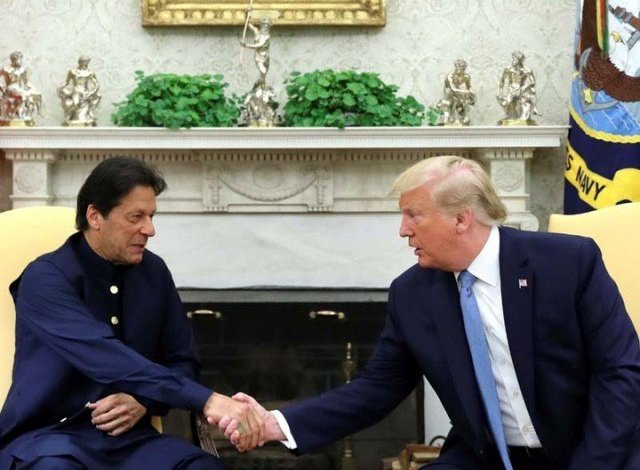 Trump pins hope on Pakistan for help in Afghanistan