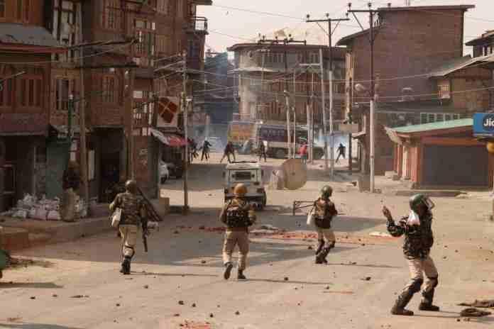 Breaking News Kashmir, Latest News Of Kashmir, srinagar gunfight, clashes, kashmir,