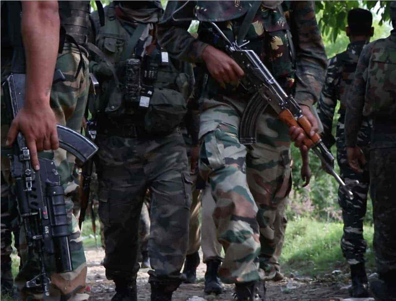 pulwama gunfight,tral gunfight, shootout, tehreek-ul-mujahidin