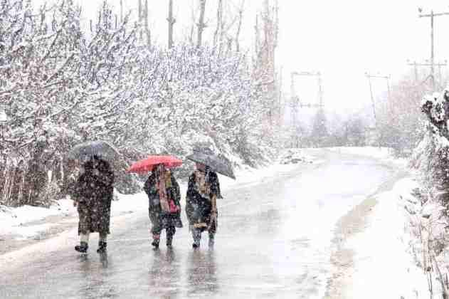 Kashmir snow, kashmir, kashmir weather, met department kashmir,, mughal road, kashmir news