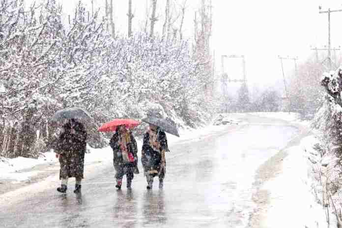 Kashmir snow, kashmir, kashmir weather, met department kashmir,, mughal road, kashmir news