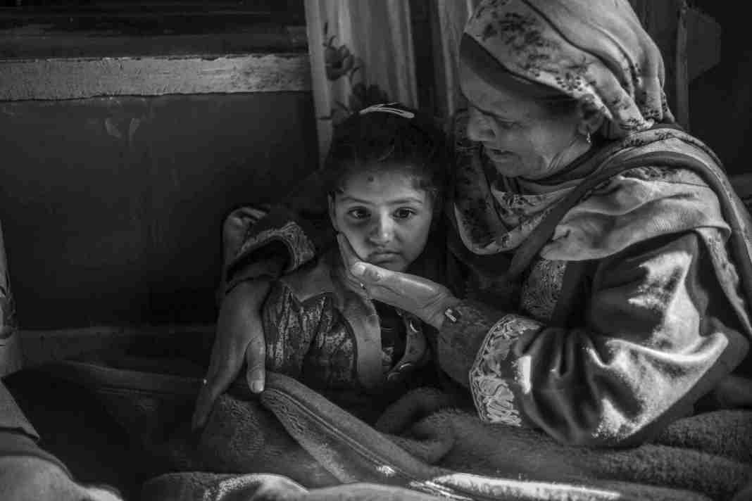 Kashmir Images and Photo Gallery Online, zohra, policeman killed, kashmir, kashmir orphans, kashmir news, kashmir photos, kashmir conflict, kashmir latest,