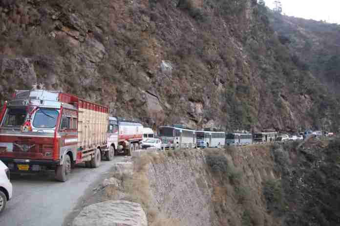 national highway, kashmir, jammu and kashmir, jammu srinagar,