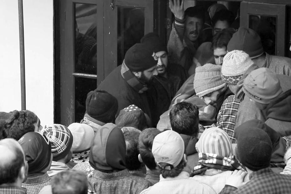Kashmir, Pulwama killings, IShrat muneer bhat, kashmir mukhbir, kashmir collaborators, kashmir mukhbirs,