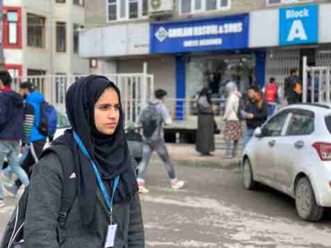 Kashmir, kashmiri teenager, kashmiri student, NEET, Education kashmir