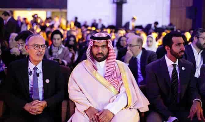 Saudi Arabia Closes All Borders Amidst New Covid-19 Variant